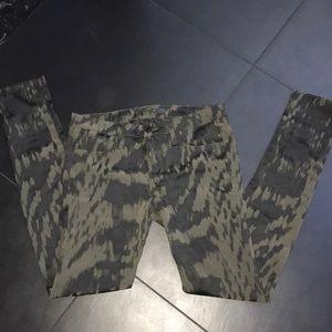 Joe's skinny pants - polyester and elastin stretch